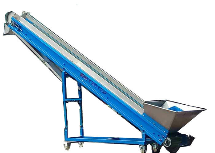 3000gauss Plastic Conveyor System 750w Loading Height 3000mm 10400*460mm Desk